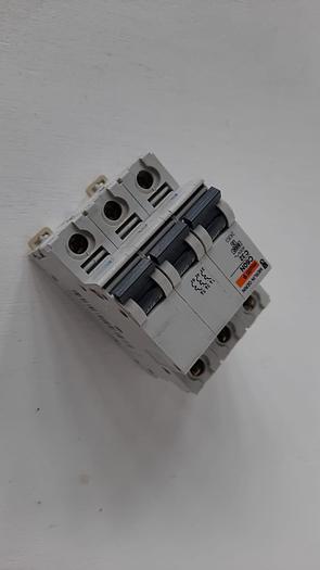 Used Merlin Gerin C60NC32