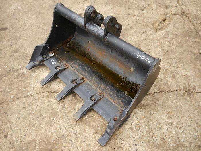 Used Digger Bucket 750mm
