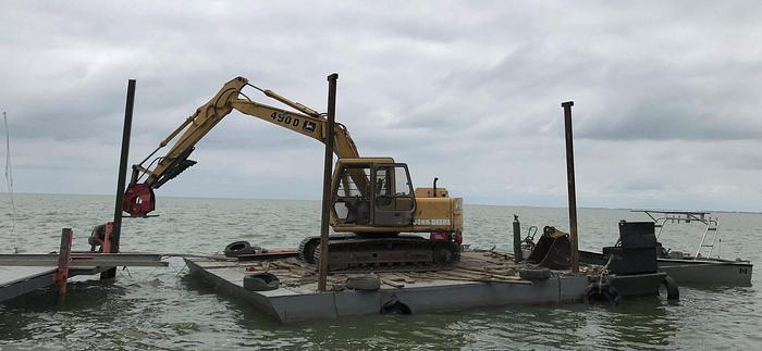 Used Custom Barges for Fresh water and Salt water.