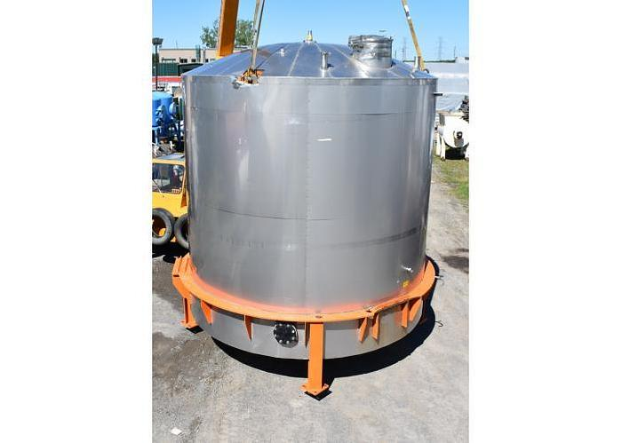 USED 7200 GALLON TANK, 304 STAINLESS STEEL, SANITARY, INSULATED