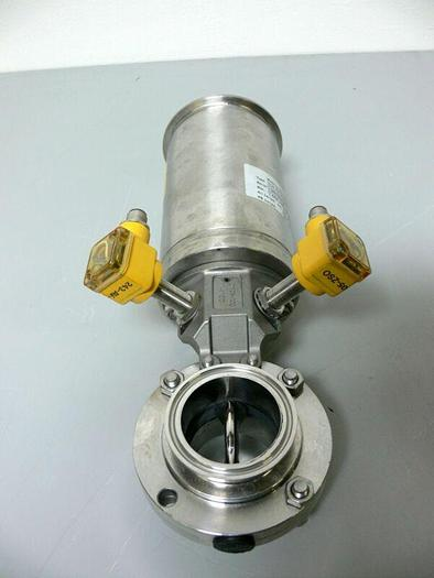 Used GEA Tuchenhagen 7330-2002-0221-0000 INK.22B0 Valve w/ 2 Turck Proximity Sensors