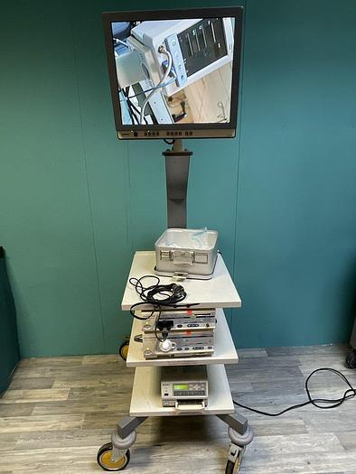 Gebraucht Endoskopieturm mit Olympus Monitor, Sony Drucker, Kamerakopf, Lichtquelle und Digital Prozessor