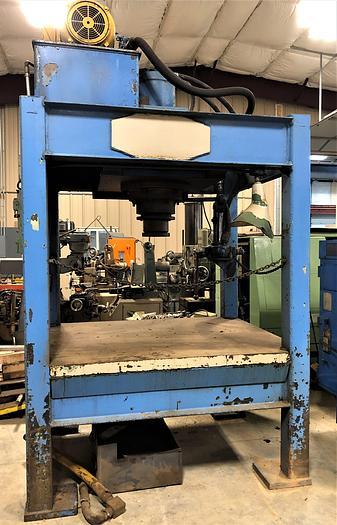 Used 100 Ton Hydraulic 4 Post Press