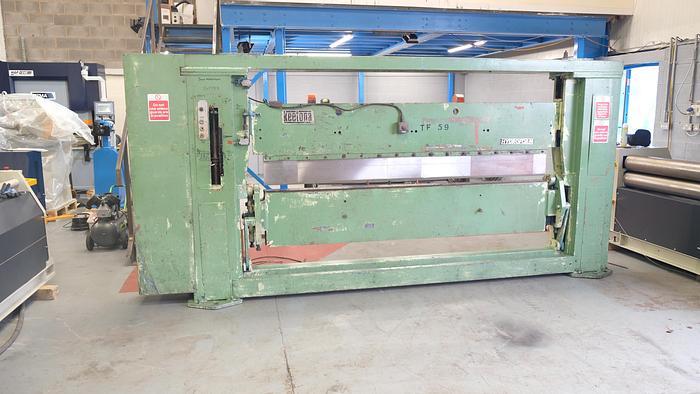 Used KEETONA HYDROFORM 2500mm x 3.25mm Hydraulic folding machine