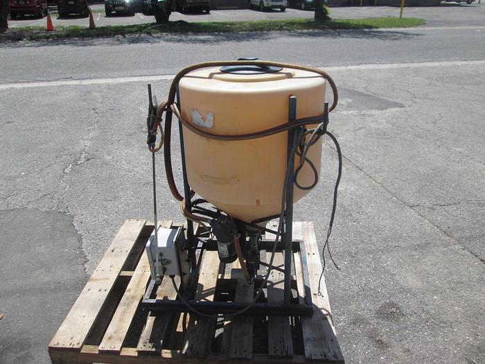 Used 35 Gallon EZ Dosing Applicator