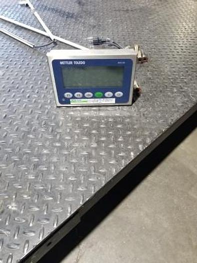 Metler-Toledo Floor Scale