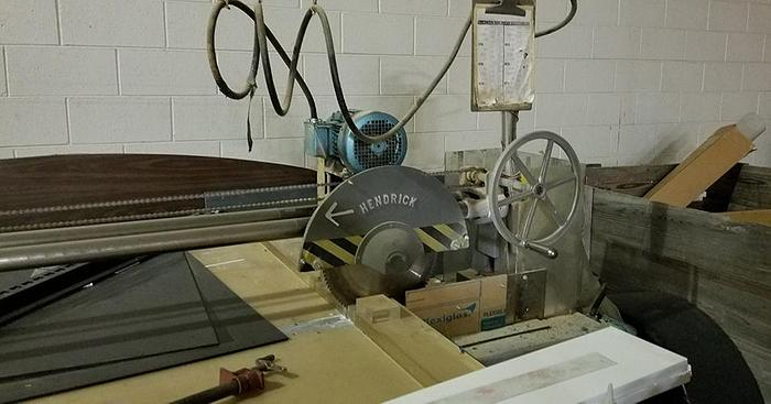 Used Hendrick 6' Manual Panel Saw