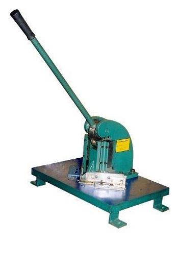 "Used NEW TIN KNOCKER, MANUAL CORNER NOTCHER 5"" X 5"" 90 DG. , 16 GAUGE [5275]"