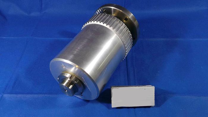 Used Applied Materials 0020-26089 Gear Head / 0020-26089 / Rev 001 / BLF / from 300mm Chamber Lid Top /