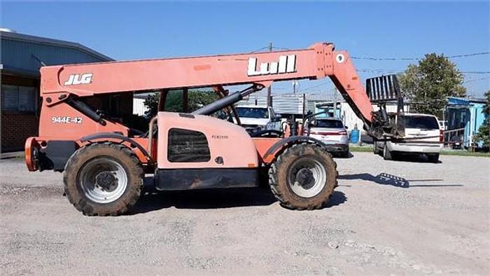 Used 2009 LULL 9.44E-40