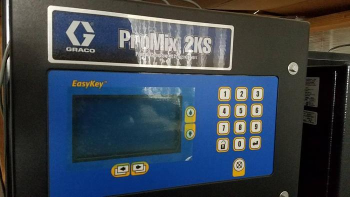 BRAND NEW IN CRATE! Pro-Mix 2KS & 3KS 2 in one custom Painting System