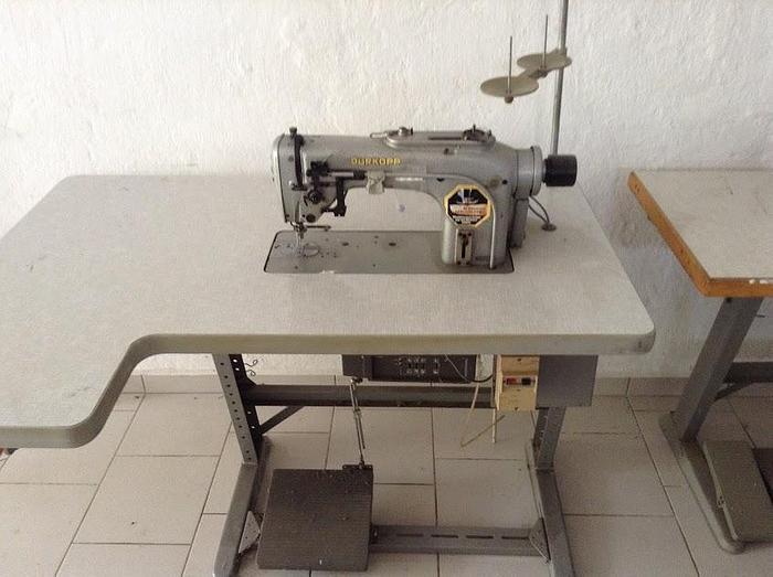 Gebraucht Steppstichmaschine DÜRKOPP  Kl. 212-115105 1 Nd.