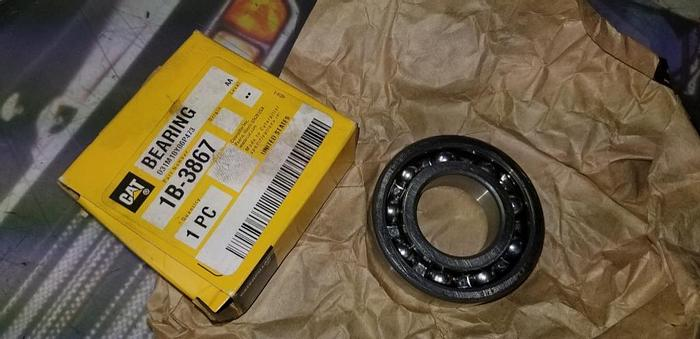 NEW SURPLUS GENUINE CAT 1B3867 BEARING