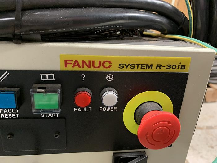 FANUC M2iA/3S HIGH SPEED PICKING & ASSEMBLY ROBOT