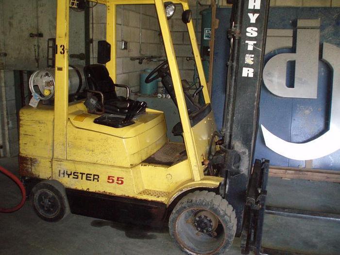 5,500 lb. HYSTER Model S55XM Forklift; S/N D187V12985W; MFG 1999