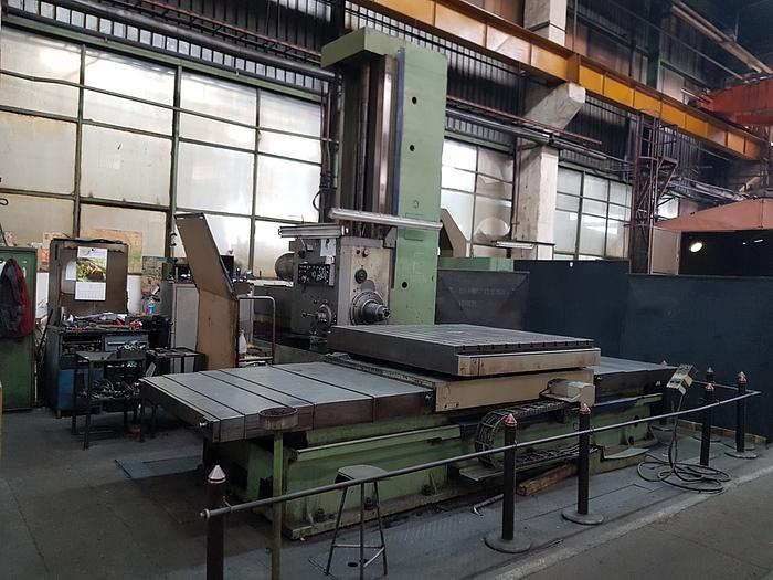 1981 Horizontal boring machine TOS WHN 13 A