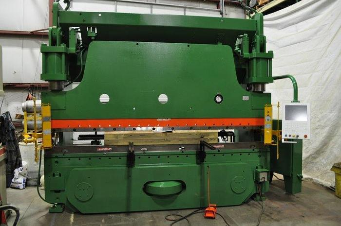 Used 230 TON CINCINNATI CNC HYDRAULIC PRESS BRAKE