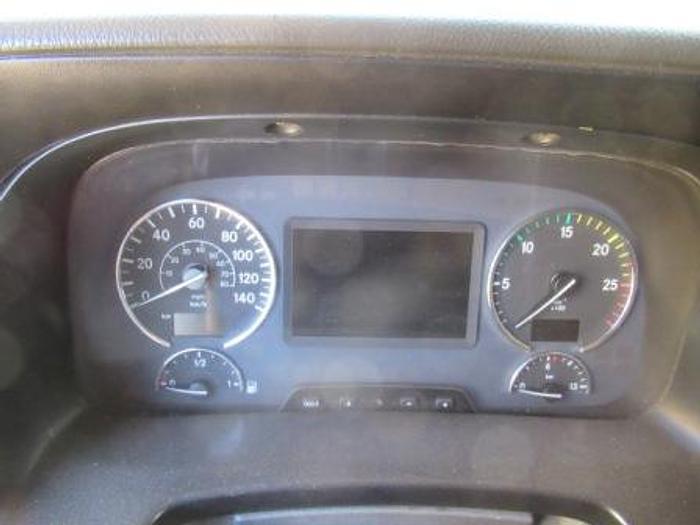2014 Mercedes Benz 1844 LS