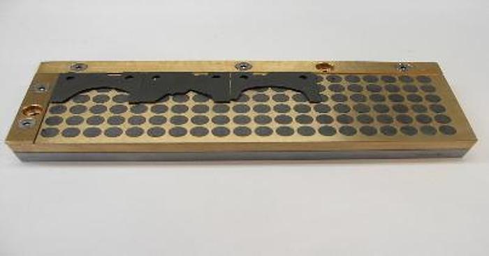 Piano magnetico per coltellini in metallo duro