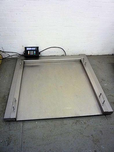 Used R 11071 E - Floor Scale METTLER TOLEDO - Max. 200 kg
