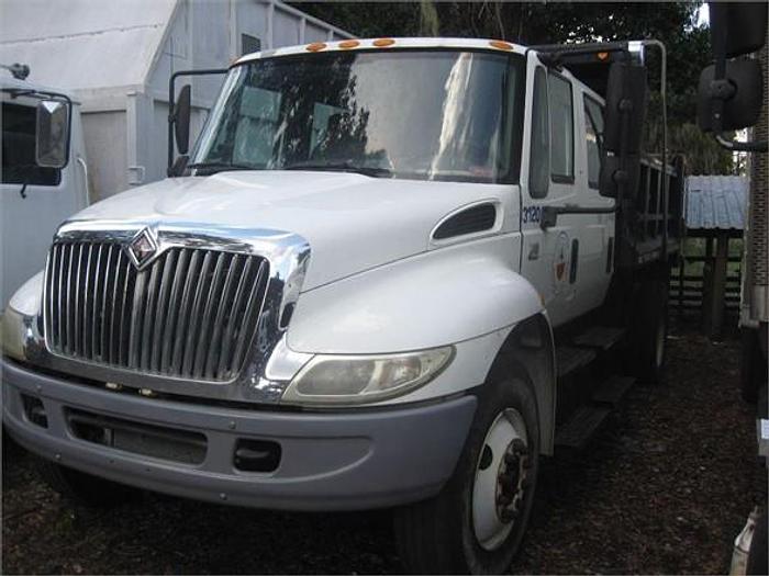 Used 2004 INTERNATIONAL DURASTAR 4300