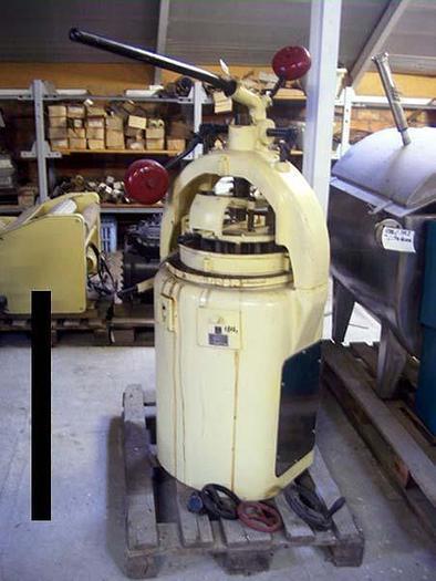Dzielarko-zaokrąglarka bułek – Habil Typ III