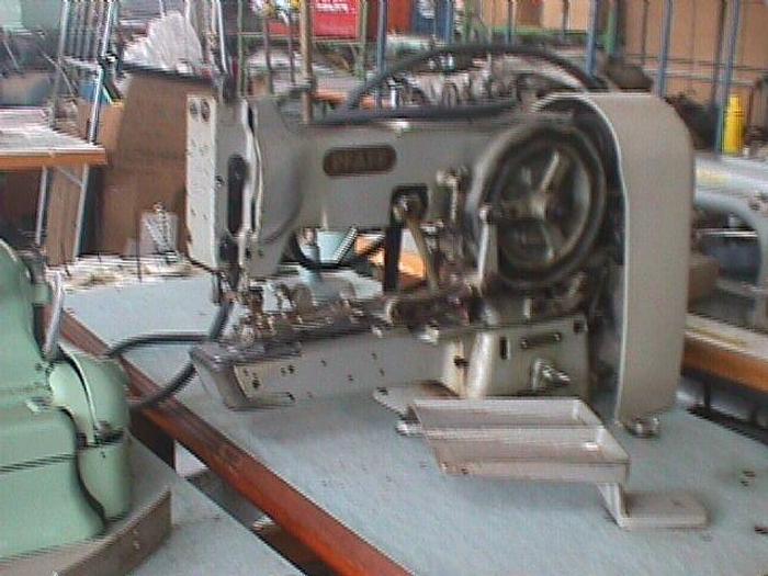 Gebraucht Riegelmaschine PFAFF  Kl. 3300-958/01-15 2-4-Loch, Oesenknöpfe