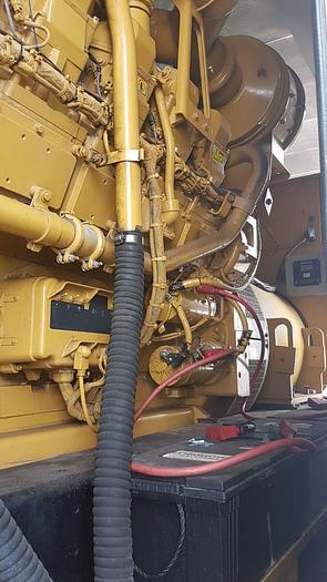 2 MW 2011 Used Caterpillar 3516B Diesel Generator