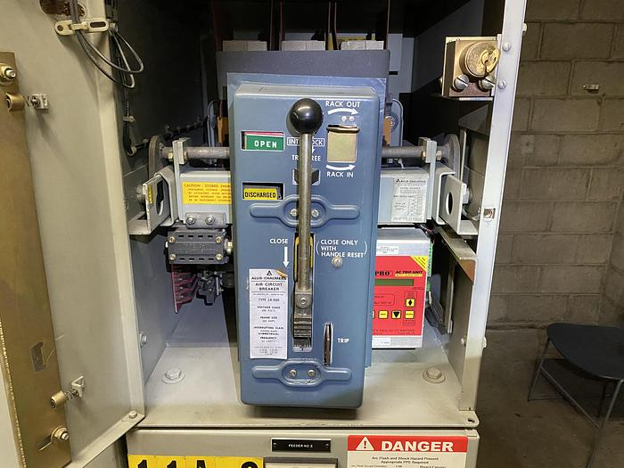 Used ALLIS-CHALMERS AIR CIRCUIT BREAKERS