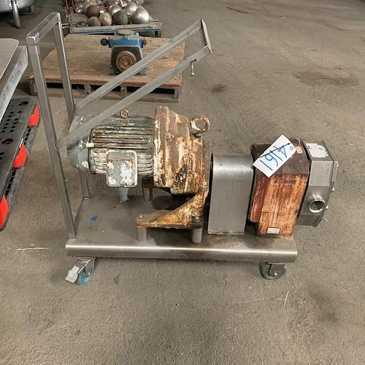 "Used APV 5 Hp 2.5"" x 2.5"" Positive Displacement Pump  R4R"