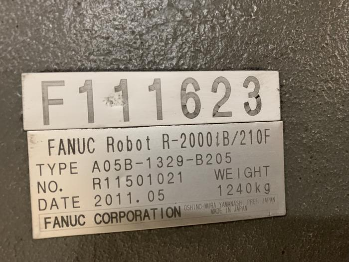 FANUC R2000iB/210F 210KG X 2655MM REACH 6 AXIS CNC ROBOT W/R30iA CONTROLS WITH ARO SERVO GUN