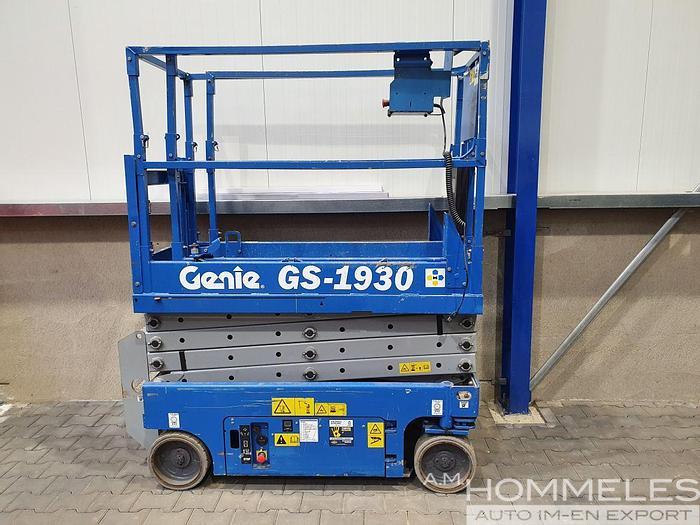 Used Genie gs-1930