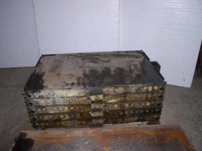 "Used 32"" x 48"" Oil Heated Platens; 5 available"