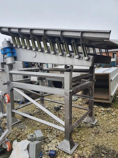 Used 2007 Kiremko Stainless Steel Vibratory Conveyor