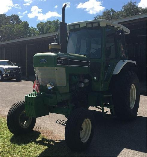 Used 1995 FORD 7710