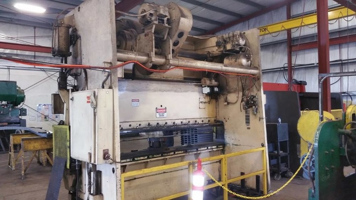 Brake Press - Niagara - 225 Ton Capacity