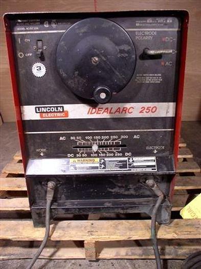 250 Amp Lincoln IdealArc250 AC/DC Arc Welder