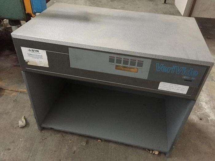 Used LABORATORY EQUIPMENT : COLOUR CONTROL CABINETS VERIVIDE