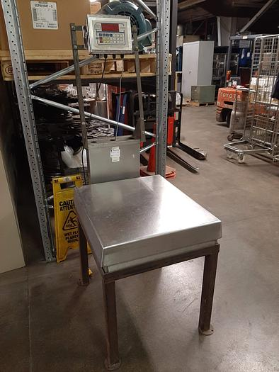 Used Cardinal Detecto 708-S 500 lb. Weigh Scale