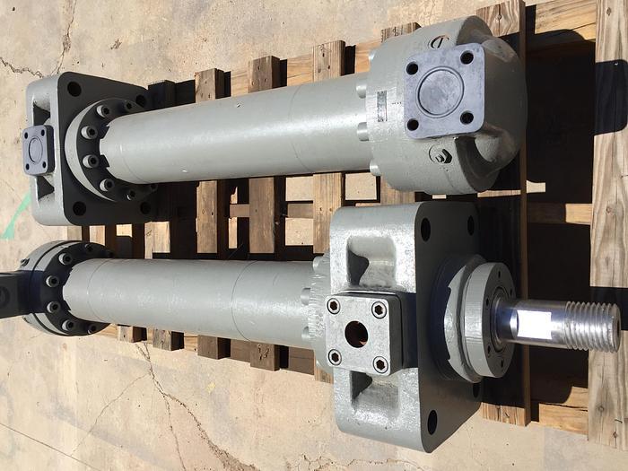 Oilgear Hyd. cylinders (2)
