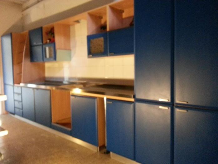 Usato Stock Cucine complete nuove da esposizione artigianale, vari modelli e misure