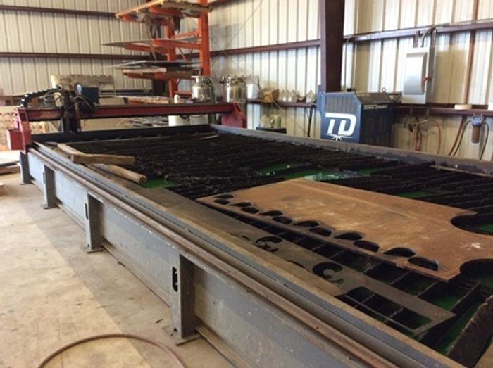 10'x 20' Victory II CNC Plasma/Oxy 400 Amp High Difinition Ultra-Cut, 2011