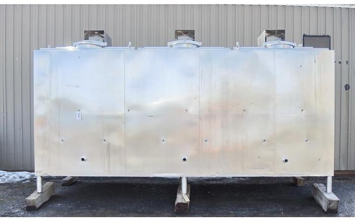 Used USED 3000 GALLON JACKETED TANK, STAINLESS STEEL, 3 COMPARTMENTS WITH MIXERS, FLAVOR TANK