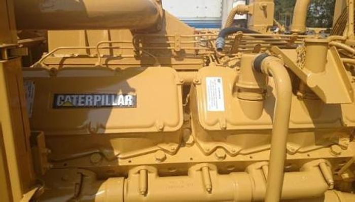 1 MW 2011 Used Caterpillar 3512 Diesel Generator