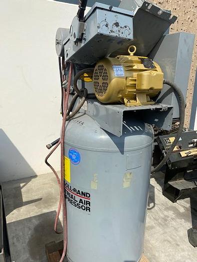 Used Ingersoll Rand T30 242-5N Vertical 5 HP 80 Gallon  Air Compressor #5872