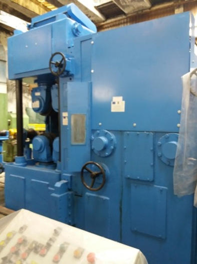 Brand new Bar peeling machines with dia. 200,300, 350mm and length 10.000mm