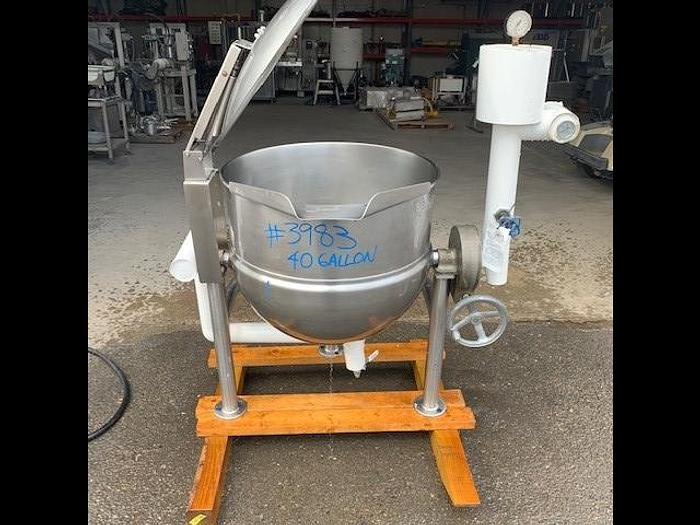 Used Groen 40 Gallon Tilting Stainless Steel Jacketed  Steam Mix Kettle D-40