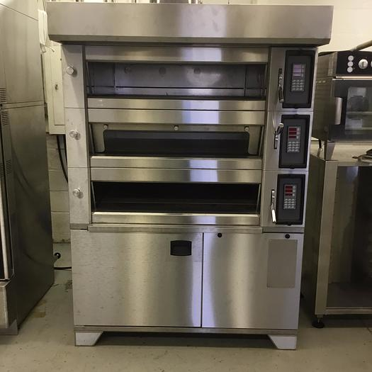Used Electric Deck Oven - with steam