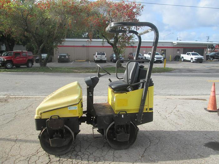 Used Wacker Neuson RD11A Roller