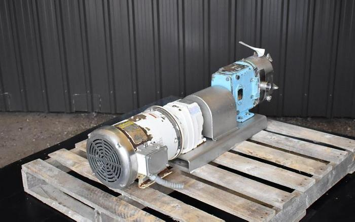USED WAUKESHA ROTARY LOBE PUMP, MODEL 030, STAINLESS STEEL, SANITARY, JACKETED
